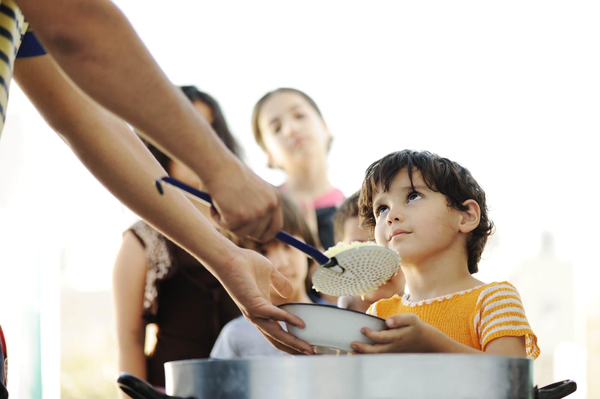 להתנדב עם ילדים בעולם